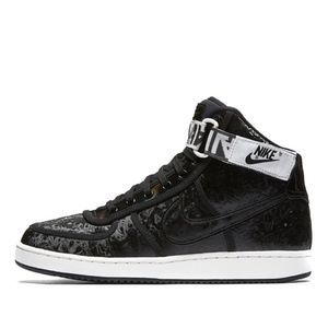 Size 7.5 Nike Black Holographic High Top Sneaker